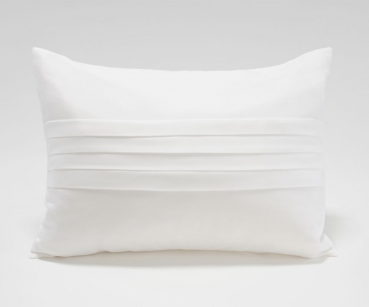 Center Pleated Pillow
